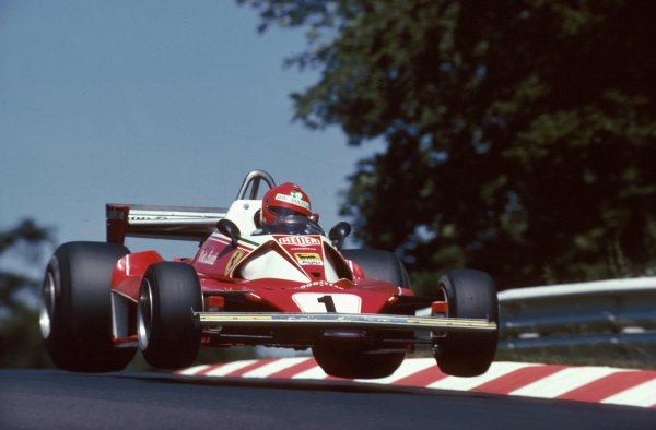 Lauda fue el primer piloto en bajar de los 7 minutos en Nürburgring: 6:58.600