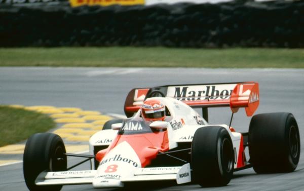 Lauda corrió para McLaren los últimos años de su carrera. Gano su tercera corona en 1984.